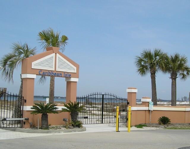 1448 Bermuda Drive, Navarre, FL 32566 (MLS #817511) :: ResortQuest Real Estate
