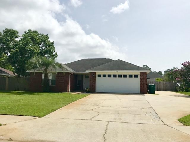 1714 Lighthouse Pointe Drive, Gulf Breeze, FL 32563 (MLS #825789) :: ResortQuest Real Estate