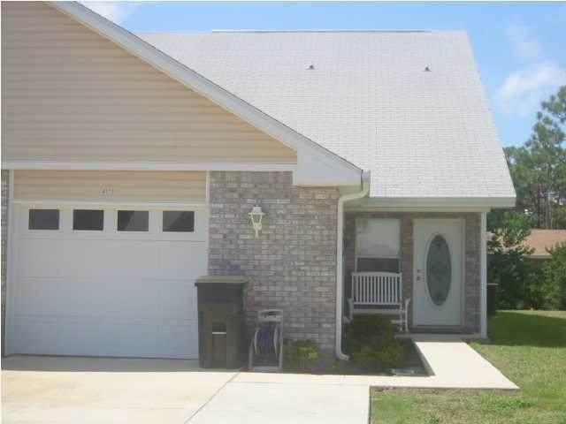 2141 Tom Street, Navarre, FL 32566 (MLS #850935) :: Levin Rinke Realty