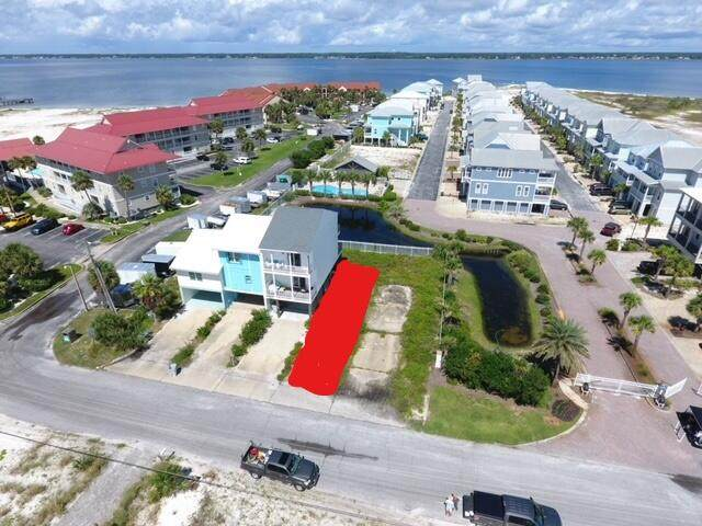 7480 White Sands Boulevard, Navarre, FL 32566 (MLS #882143) :: Levin Rinke Realty