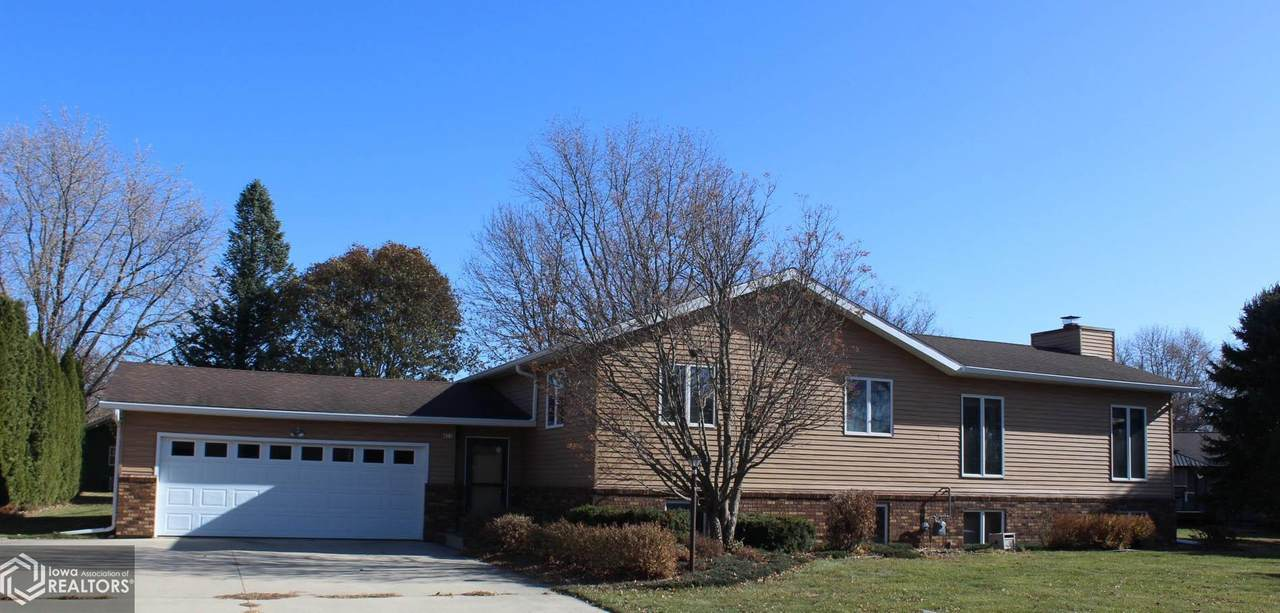 455 Country Club Drive - Photo 1