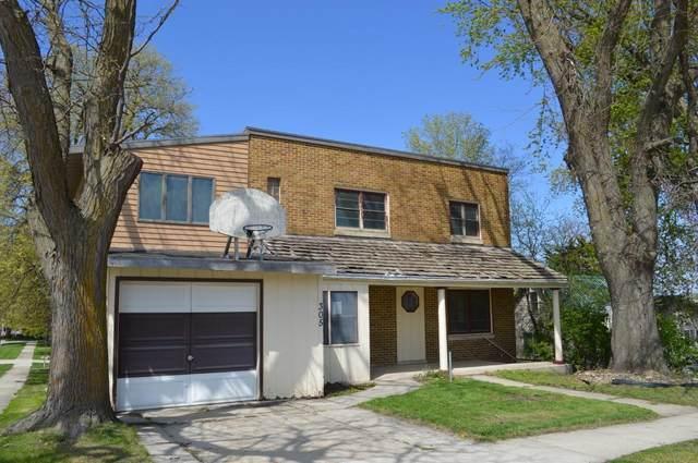 305 E K Street, Forest City, IA 50436 (MLS #5568922) :: Jane Fischer & Associates