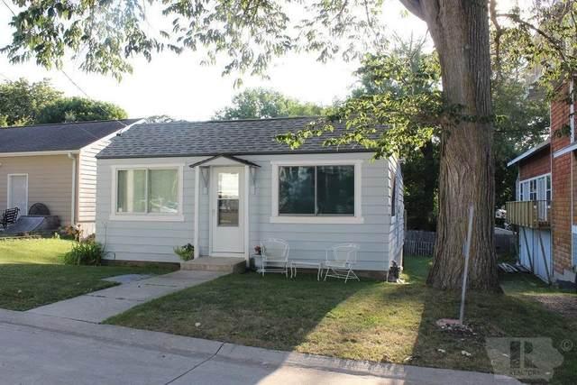15360 Oakwood Avenue, Clear Lake, IA 50428 (MLS #5573364) :: Jane Fischer & Associates
