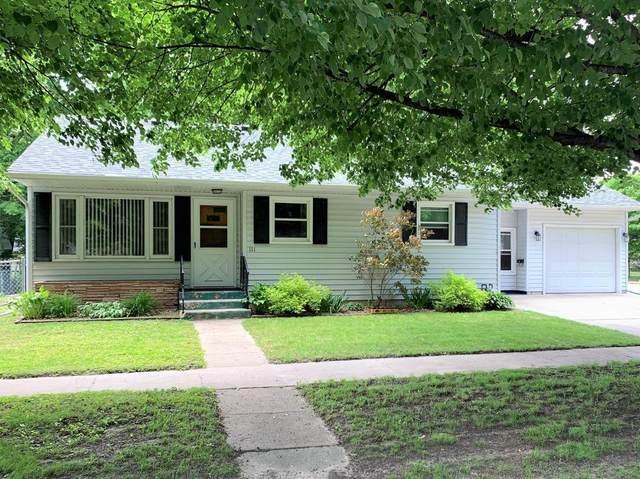 111 N 9th Street, Clear Lake, IA 50428 (MLS #5574932) :: Jane Fischer & Associates