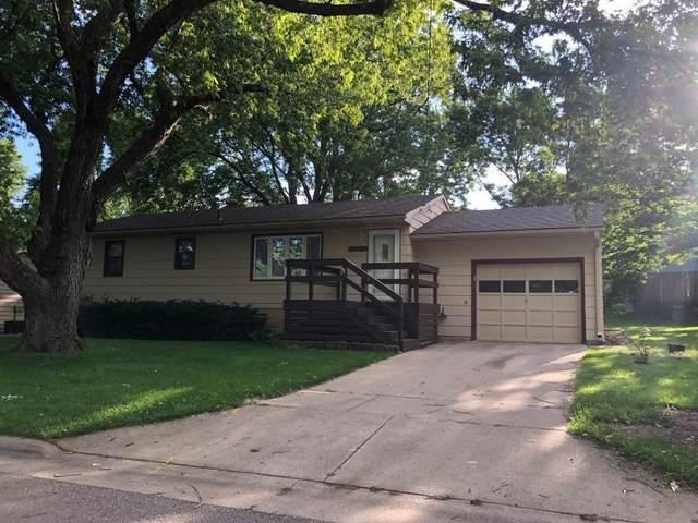 103 S 18th Street, Clear Lake, IA 50428 (MLS #5607550) :: Jane Fischer & Associates