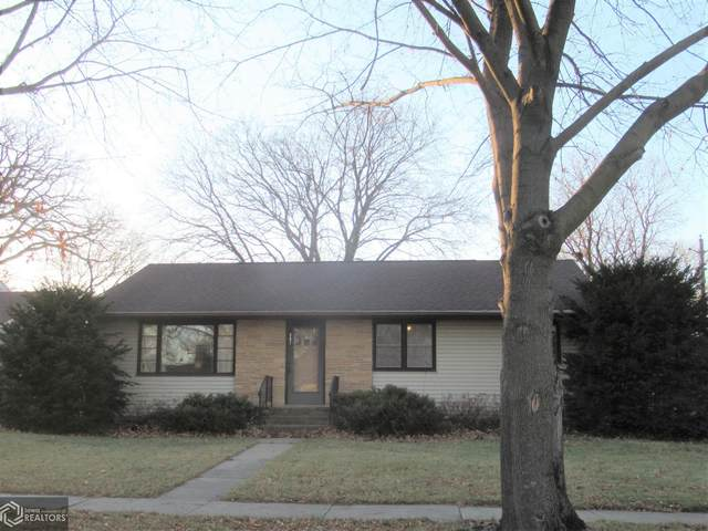 207 N Lincoln Street, Lake Mills, IA 50450 (MLS #5690980) :: Jane Fischer & Associates