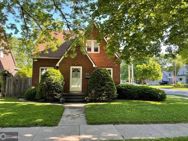 302 9th Street NW, Mason City, IA 50401 (MLS #5767385) :: Jane Fischer & Associates