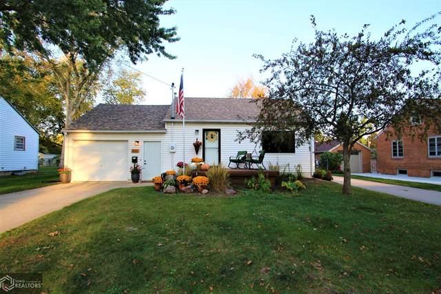 800 N 13th Street, Clear Lake, IA 50428 (MLS #6118902) :: Jane Fischer & Associates