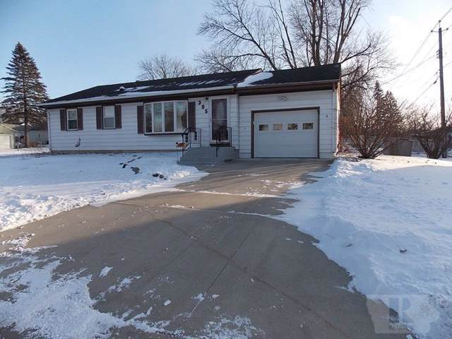 305 20th Place SW, Mason City, IA 50401 (MLS #62020353) :: Jane Fischer & Associates