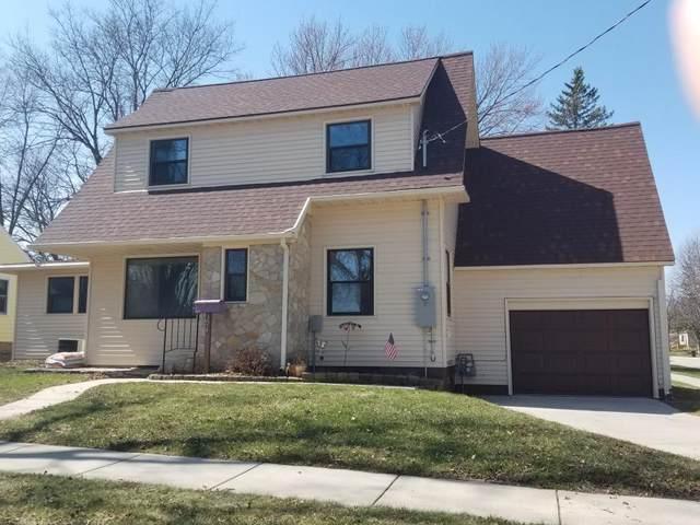 301 S 12th Street, Clear Lake, IA 50428 (MLS #5545283) :: Jane Fischer & Associates