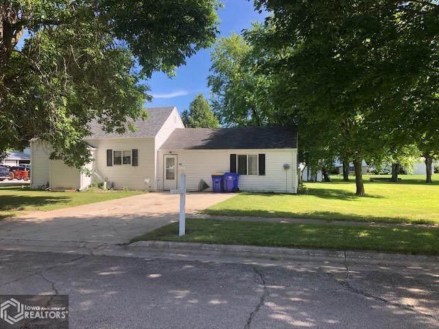 587 3rd Street SE, Britt, IA 50423 (MLS #5616487) :: Jane Fischer & Associates