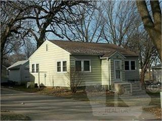 817 N 12th Street, Clear Lake, IA 50428 (MLS #62019824) :: Jane Fischer & Associates