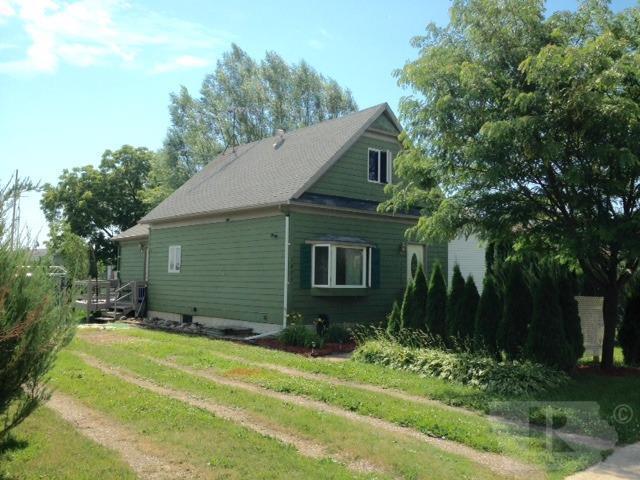 1075 Grove Ave, Garner, IA 50438 (MLS #62019915) :: Jane Fischer & Associates