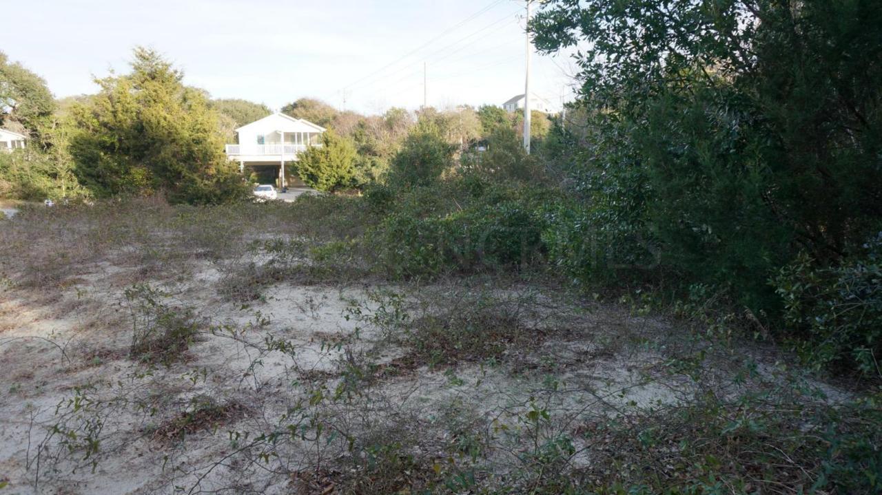 201 Old Cove Road, Emerald Isle, NC 28594 (MLS #100000761) :: Century 21 Sweyer & Associates