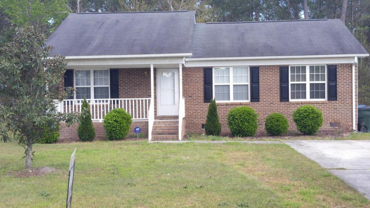 1307 Brentwood Drive, Kinston, NC 28501 (MLS #100009411) :: Century 21 Sweyer & Associates