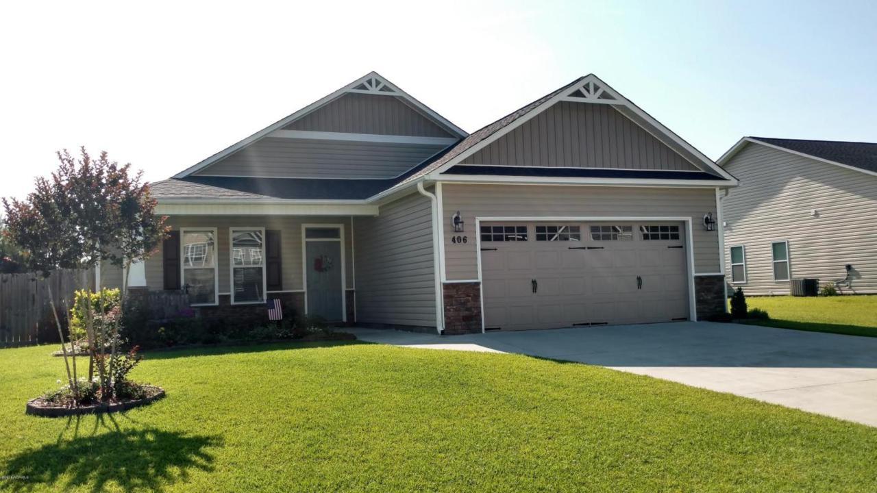 406 Savannah Drive, Jacksonville, NC 28546 (MLS #100017405) :: Century 21 Sweyer & Associates