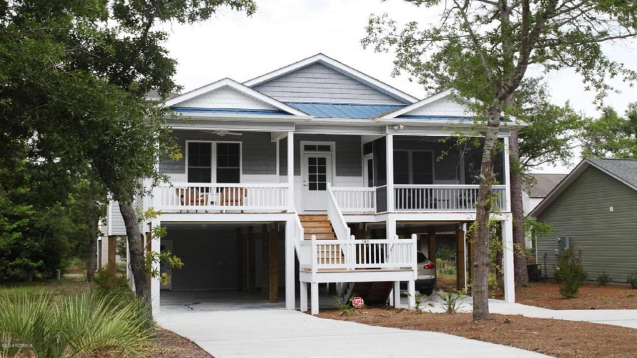 148 NE 11th Street, Oak Island, NC 28465 (MLS #100026595) :: Century 21 Sweyer & Associates