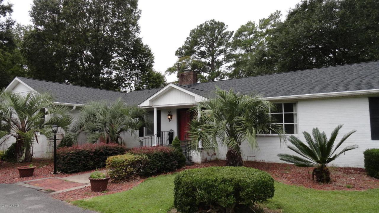 233 E Palmer Drive, New Bern, NC 28560 (MLS #100028114) :: Century 21 Sweyer & Associates