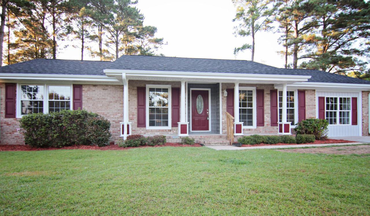 209 Linda Loop, Jacksonville, NC 28546 (MLS #100030353) :: Century 21 Sweyer & Associates