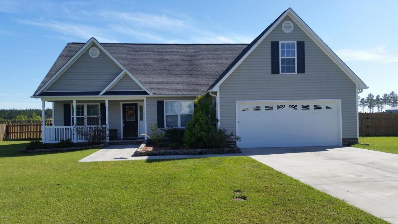 141 Weste Avenue, Jacksonville, NC 28540 (MLS #100033377) :: Century 21 Sweyer & Associates