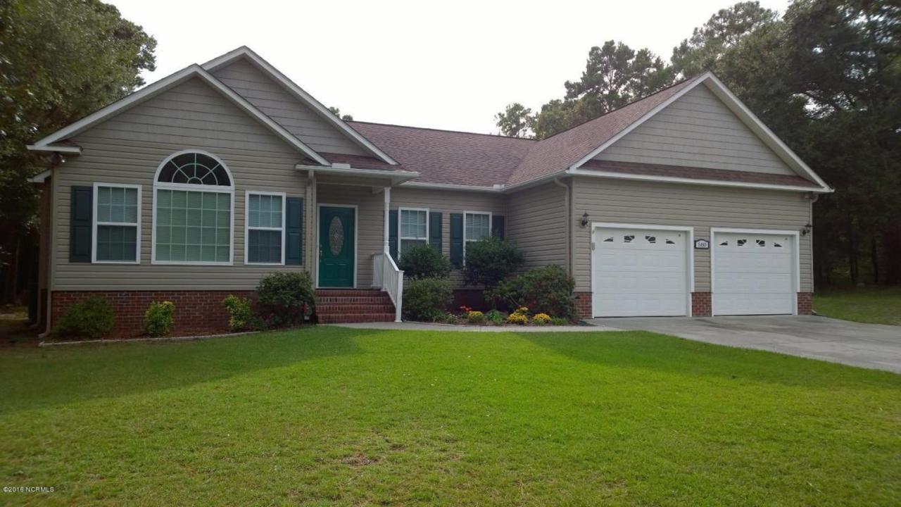580 Phillips Drive, Arapahoe, NC 28510 (MLS #100033682) :: Century 21 Sweyer & Associates
