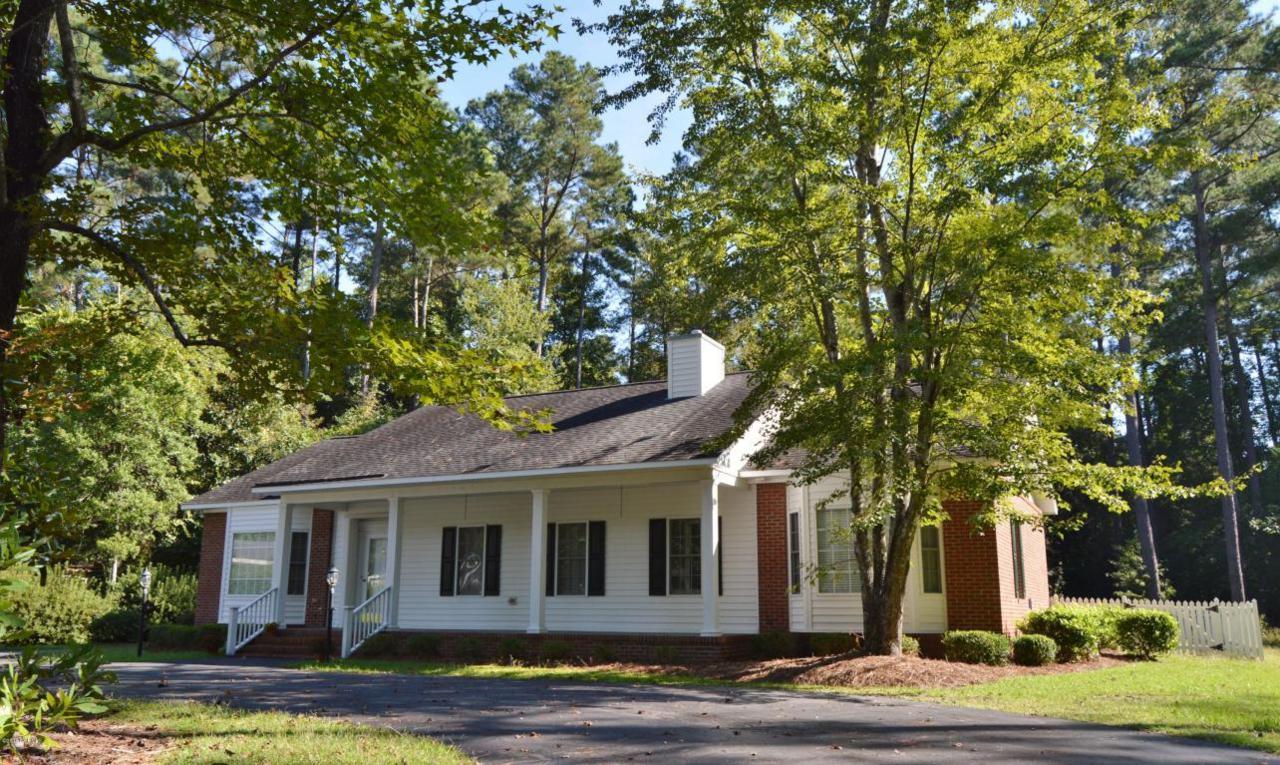 210 S Bickett Street, Burgaw, NC 28425 (MLS #100033899) :: Century 21 Sweyer & Associates