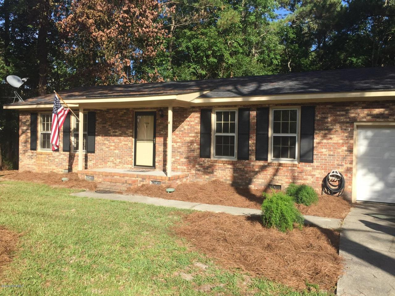 1536 Country Club Drive - Photo 1
