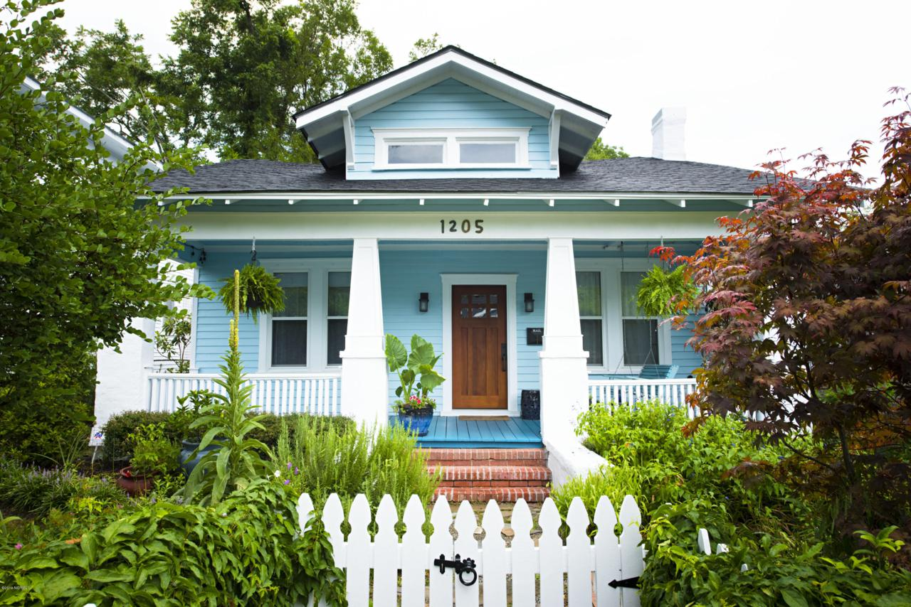 1205 Chestnut Street - Photo 1
