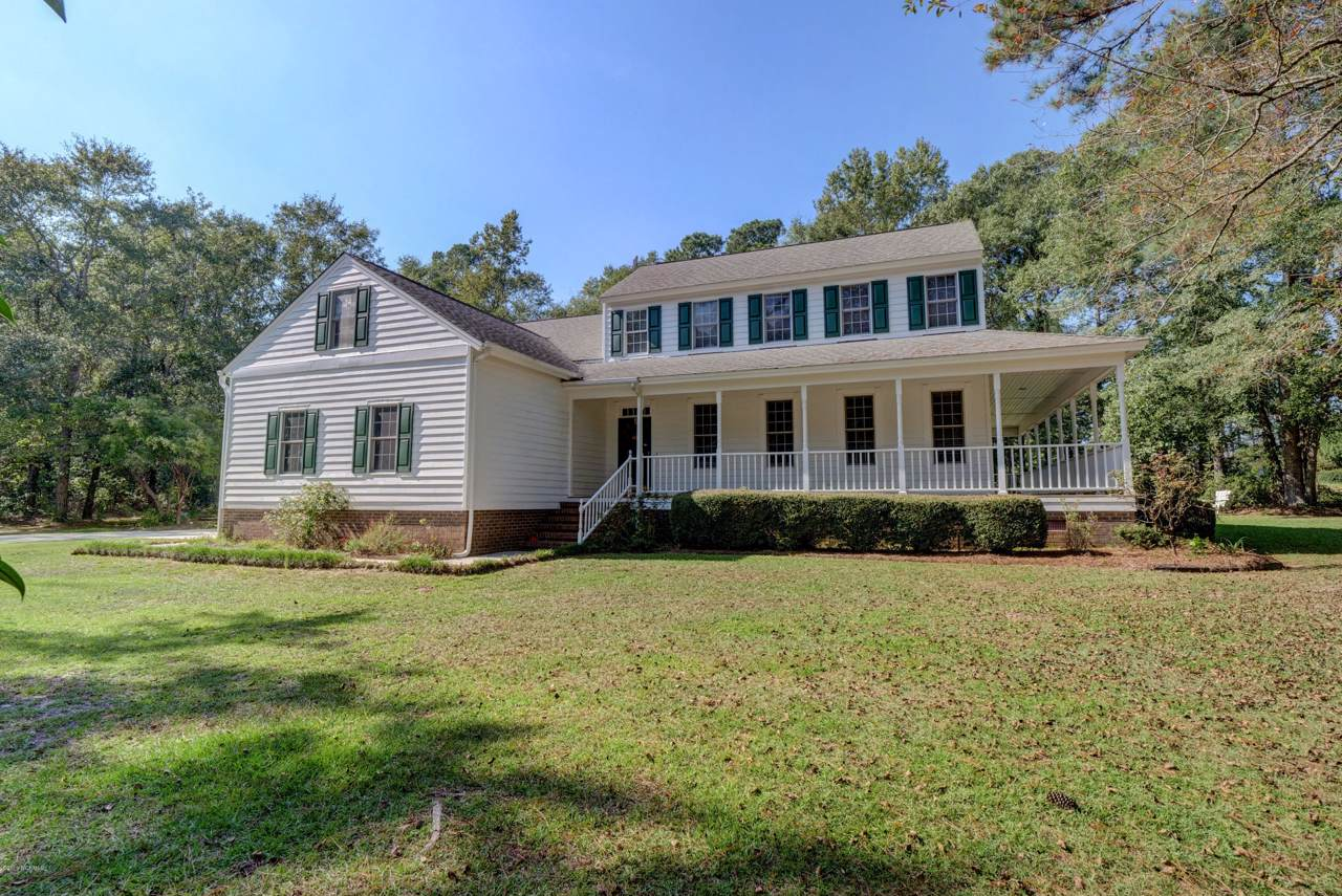102 Country Club Road - Photo 1