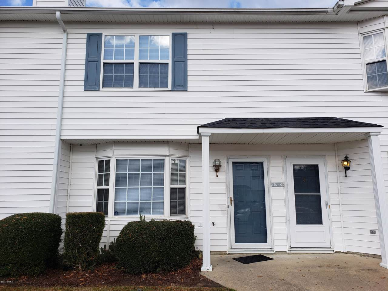 3901 Sterling Pointe Drive - Photo 1