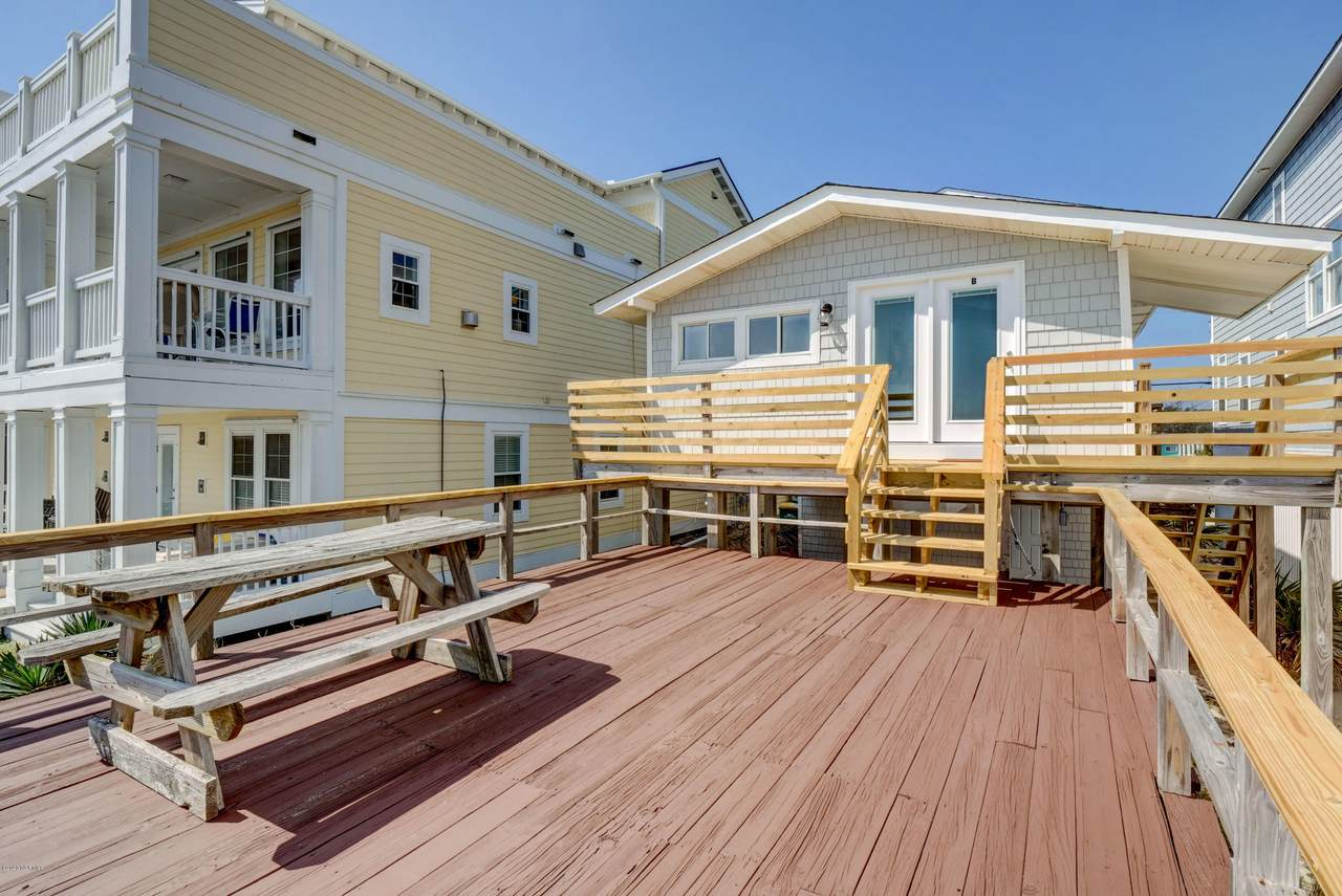 1108 Fort Fisher Boulevard - Photo 1