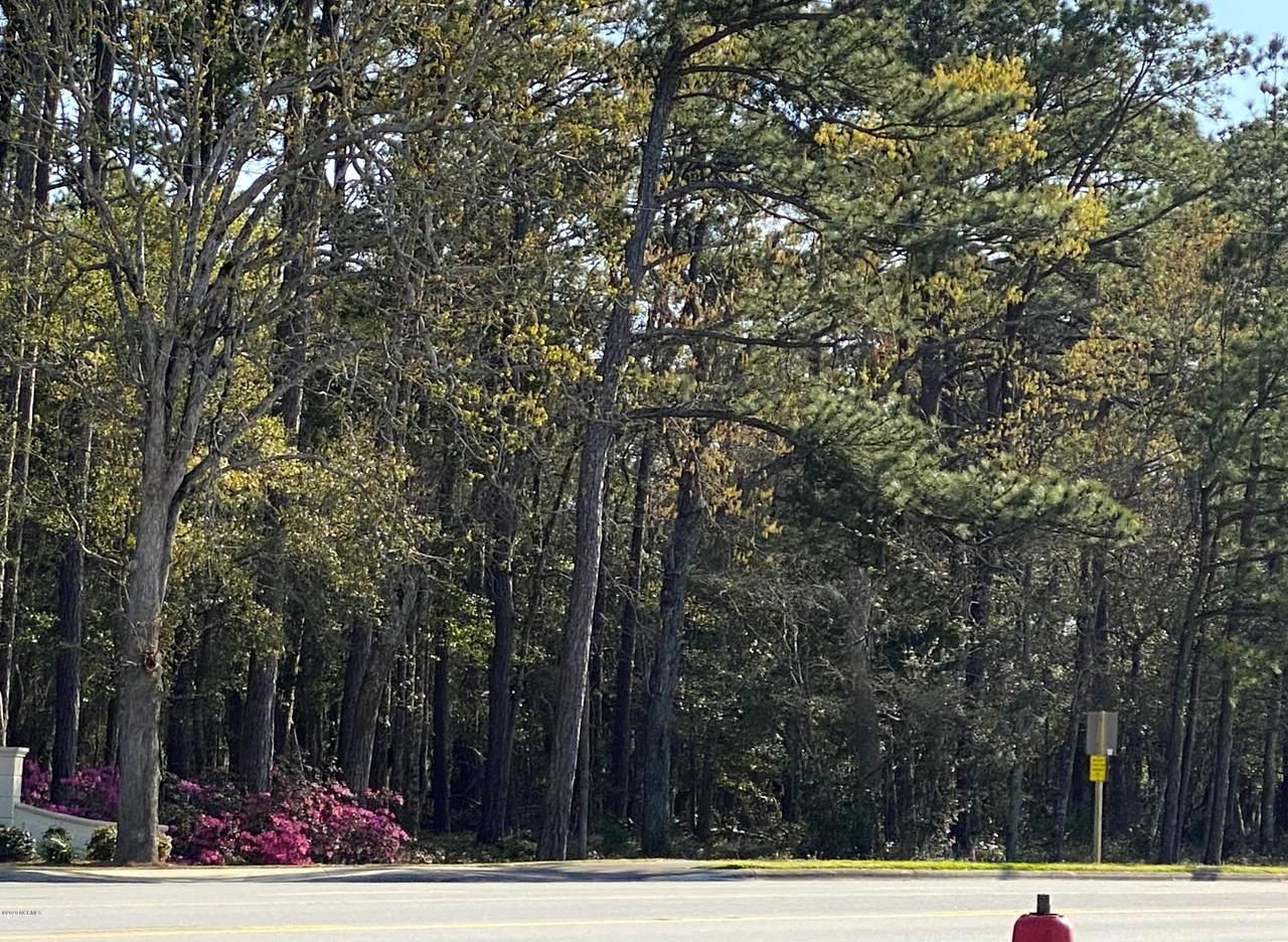 1140 Cedar Point Boulevard - Photo 1