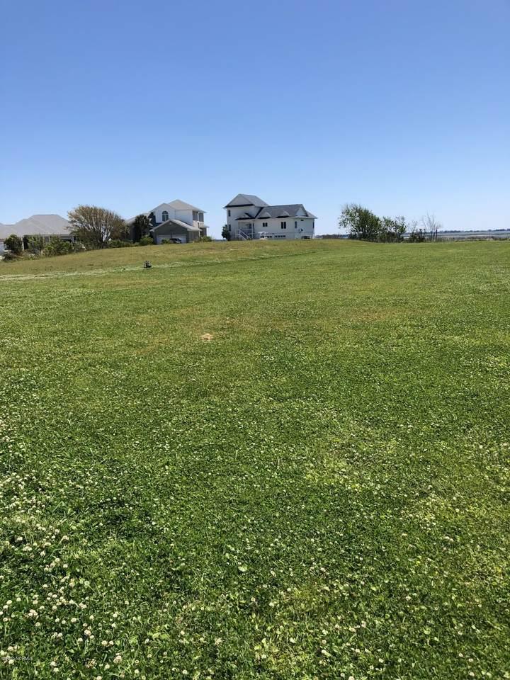 415 Island View Drive - Photo 1