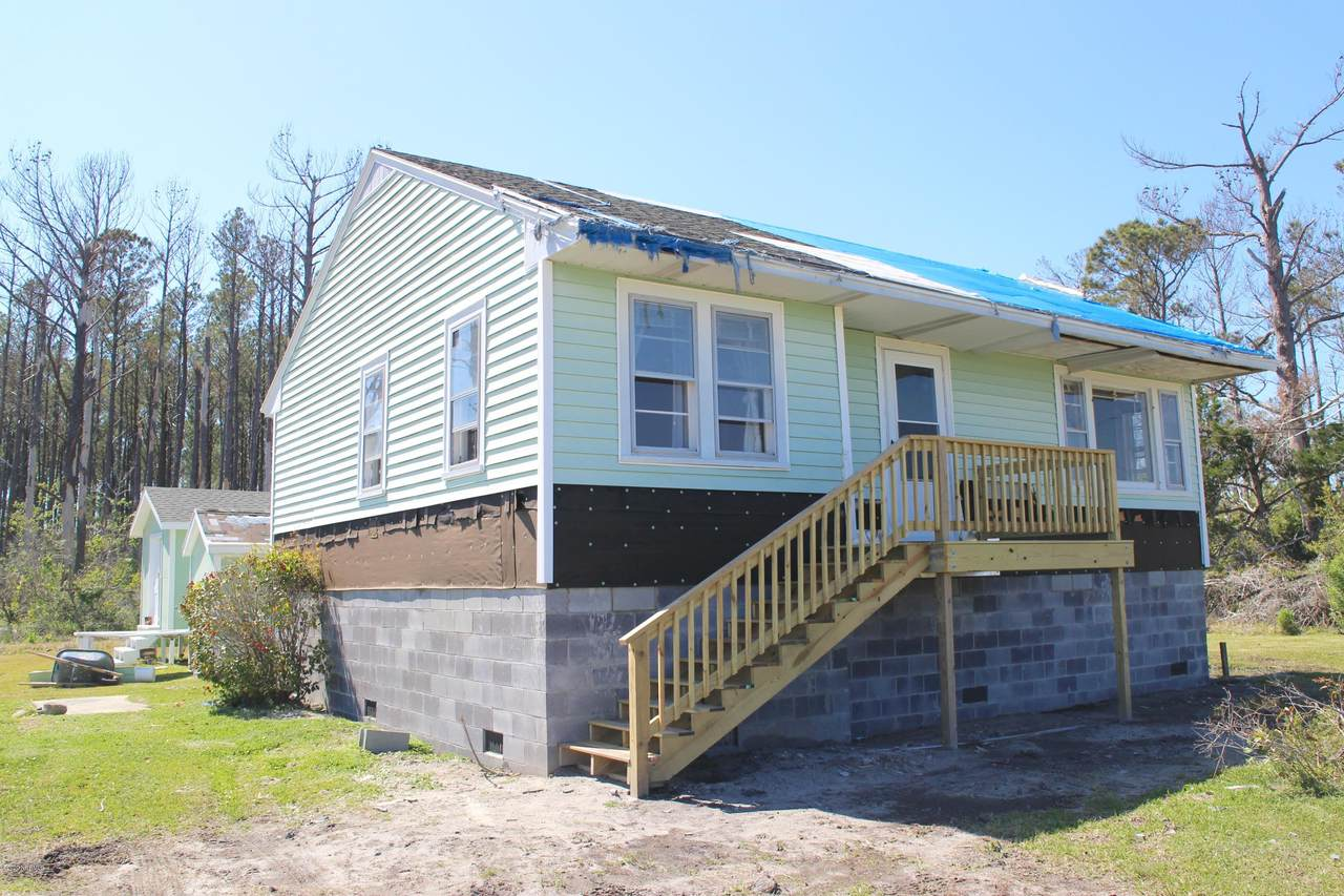 1333 Hwy 70 Stacy - Photo 1