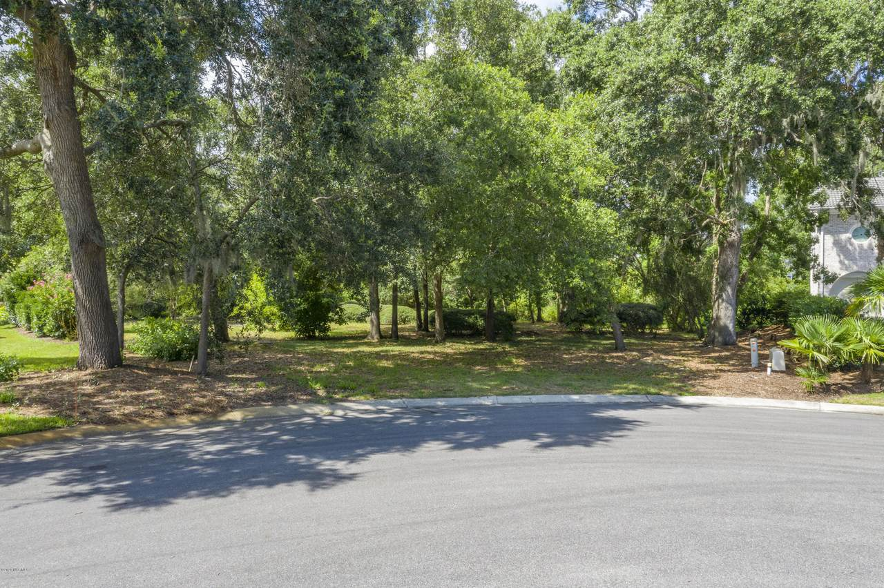 1204 Great Oaks Drive - Photo 1