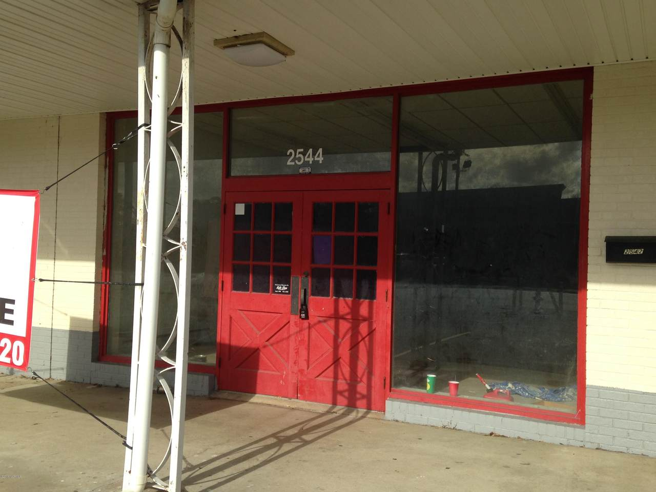 2544 Onslow Drive - Photo 1