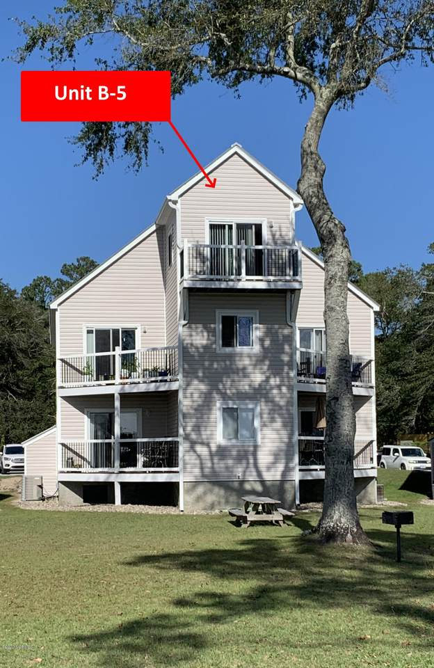 89 Country Club Drive - Photo 1