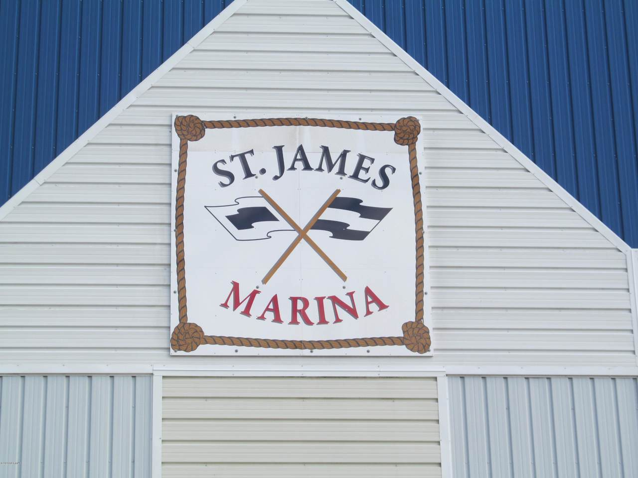 2571 St James Drive - Photo 1