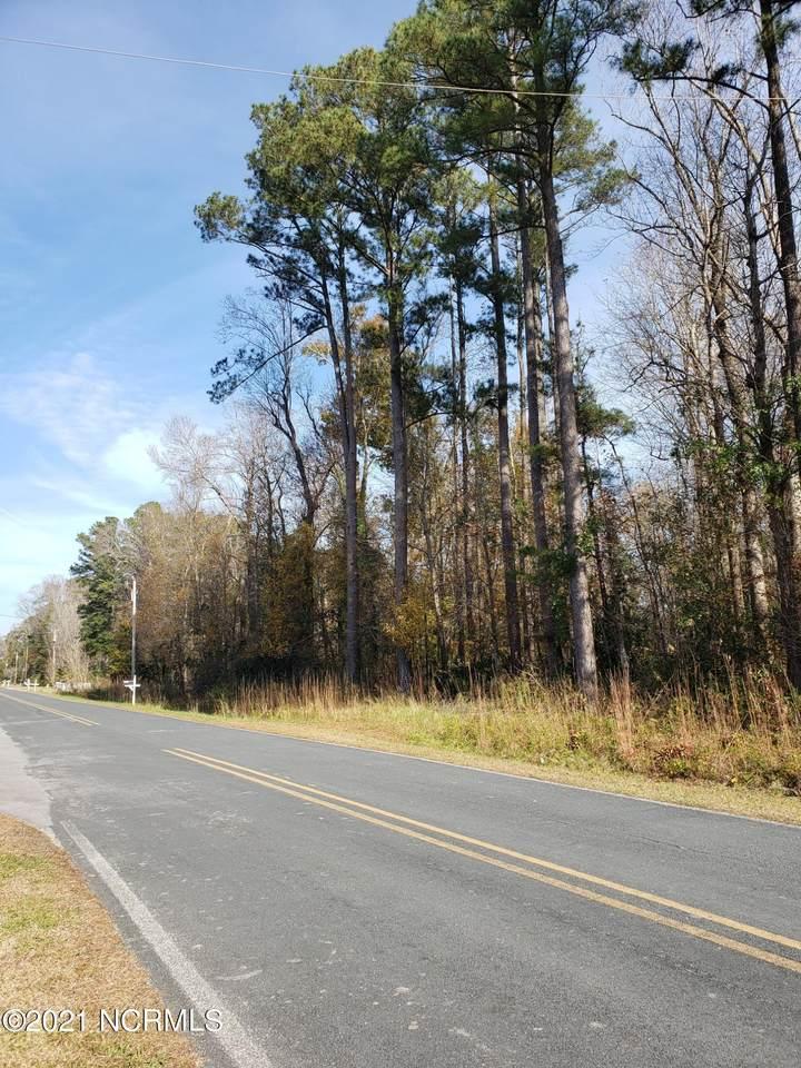 4550 Rivershore Drive - Photo 1