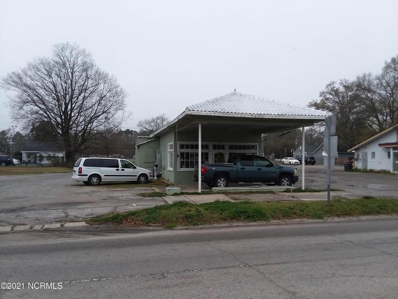 1019 Main Street - Photo 1