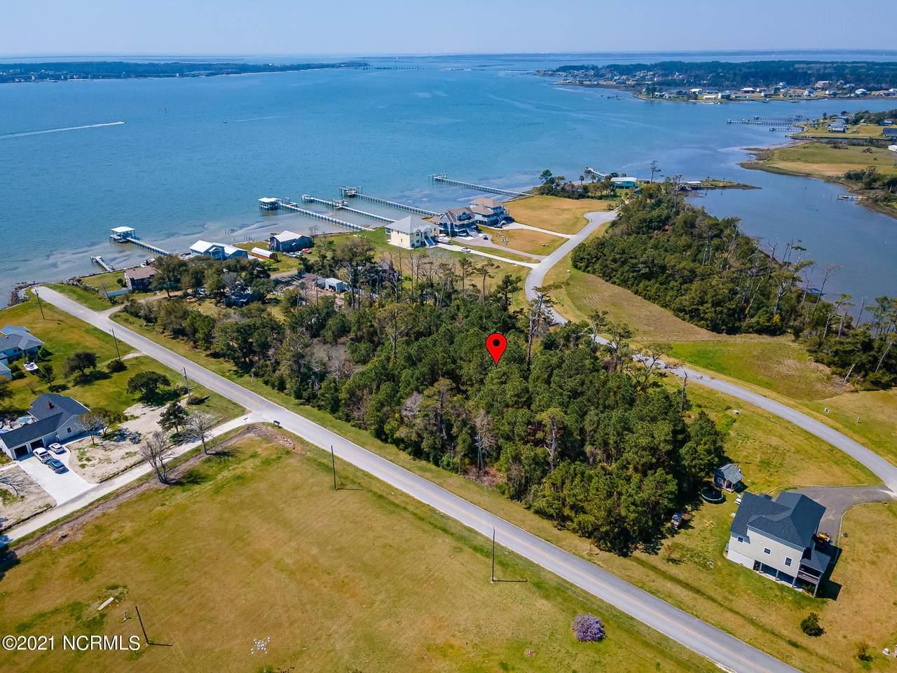 305 Quiet Cove - Photo 1