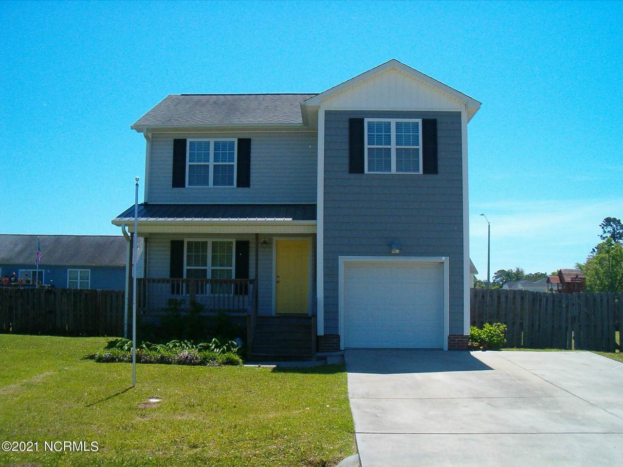 209 Oak Ridge Lane - Photo 1
