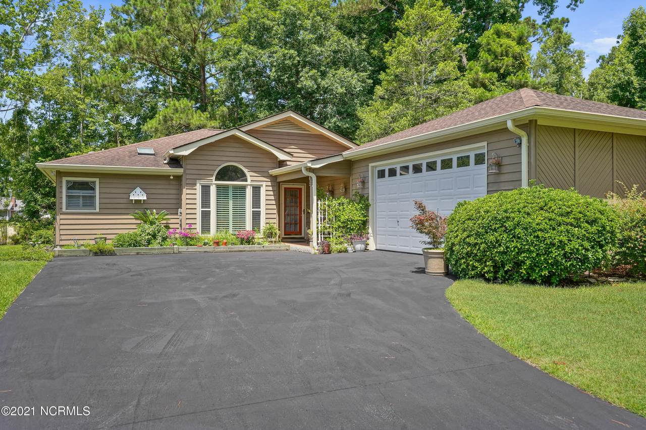 1556 Windsong Drive - Photo 1