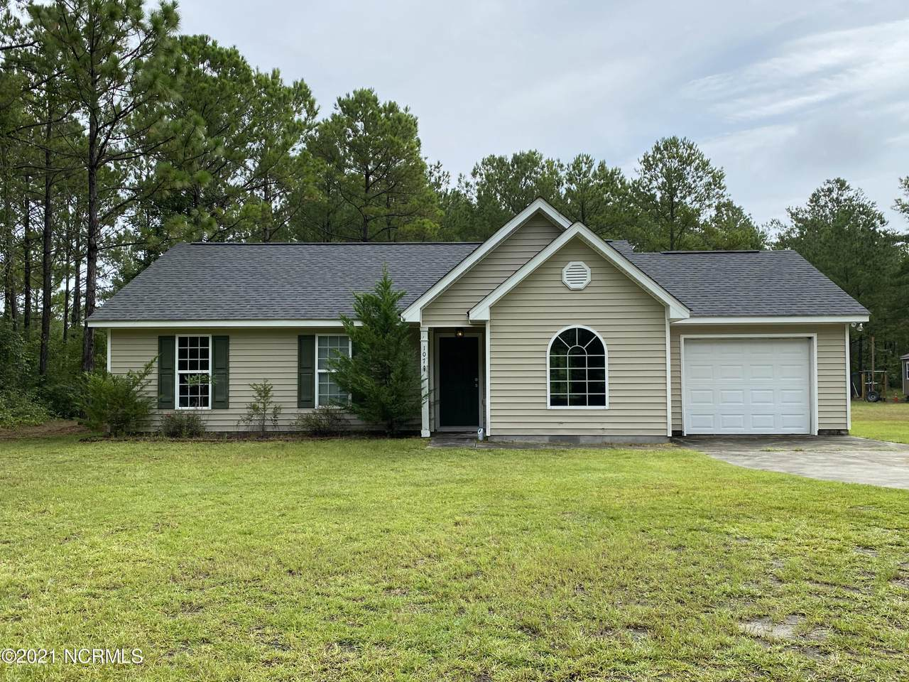 107 Courtney Pines Road - Photo 1