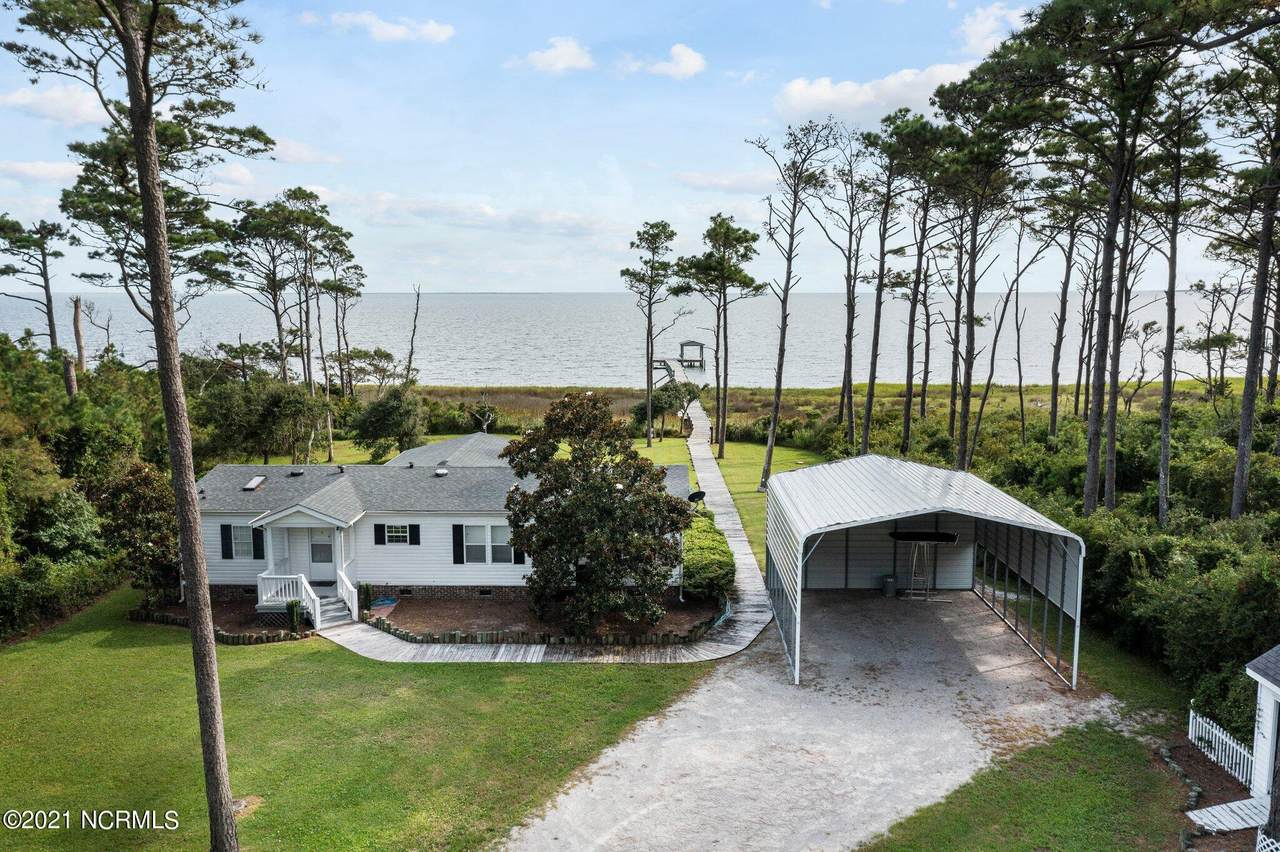 420 Seashore Drive - Photo 1