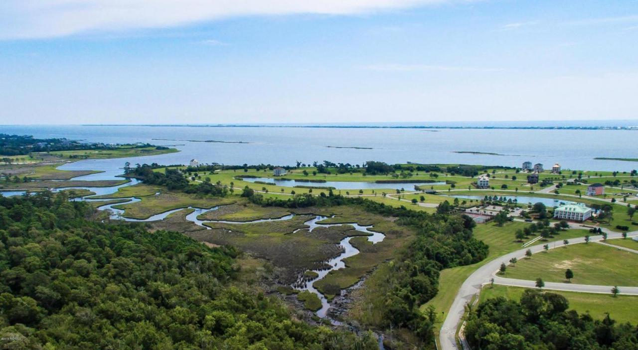 114 Marshland Circle, Newport, NC 28570 (MLS #100010954) :: Century 21 Sweyer & Associates