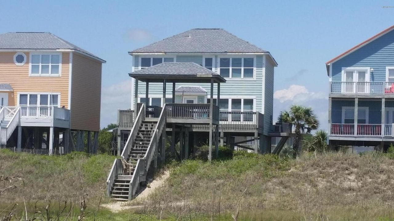 2207 E Beach Drive, Oak Island, NC 28465 (MLS #100012418) :: Century 21 Sweyer & Associates