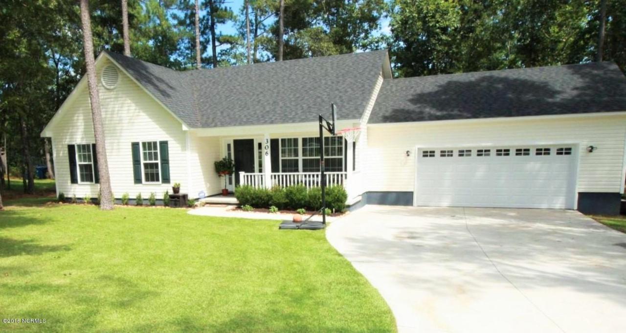 306 Sugarberry Court, Jacksonville, NC 28540 (MLS #100026788) :: Century 21 Sweyer & Associates