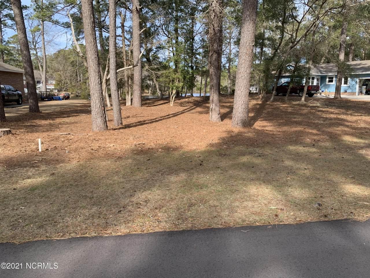 714 Lakeside Drive - Photo 1