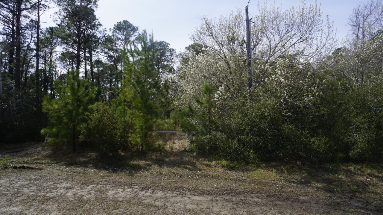 1600 Breezeway Drive - Photo 1